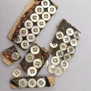 Vintage MOP Buttons, 34 Vintage Mother of Pearl Buttons